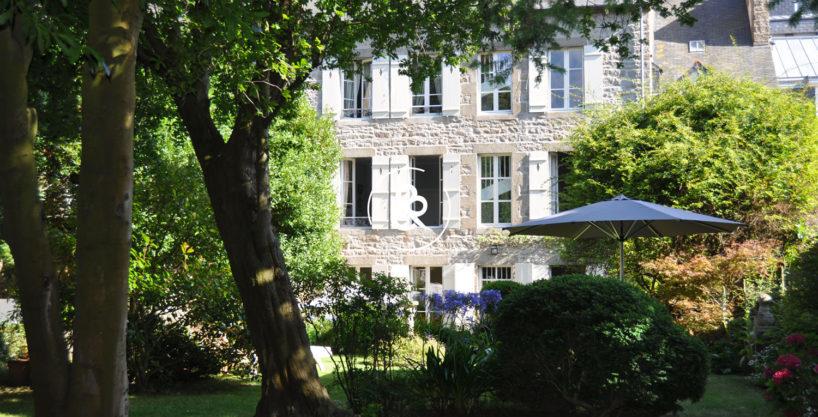 maison-a-vendre-saint-brieuc-bourgeoise-renovee-luxe1-818x417