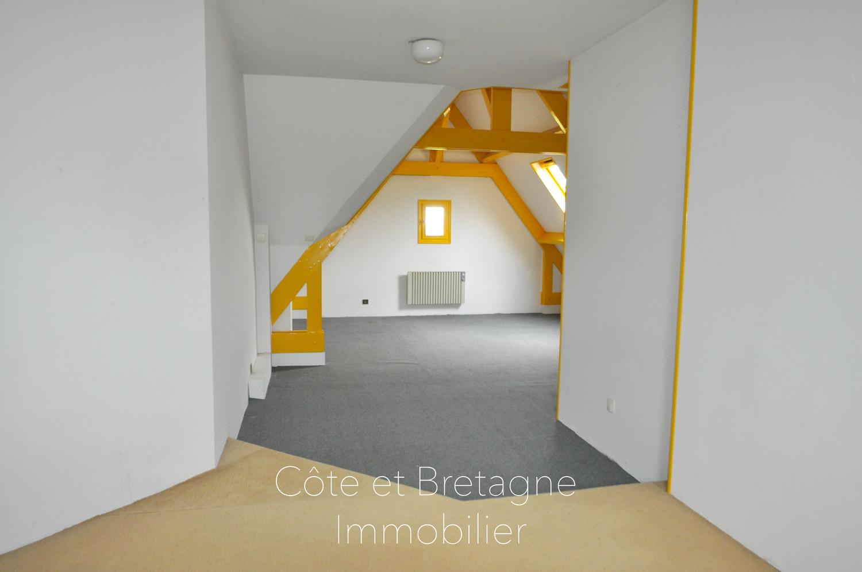 A vendre pl rin maison 5 chambres cote et for Chambre bretagne