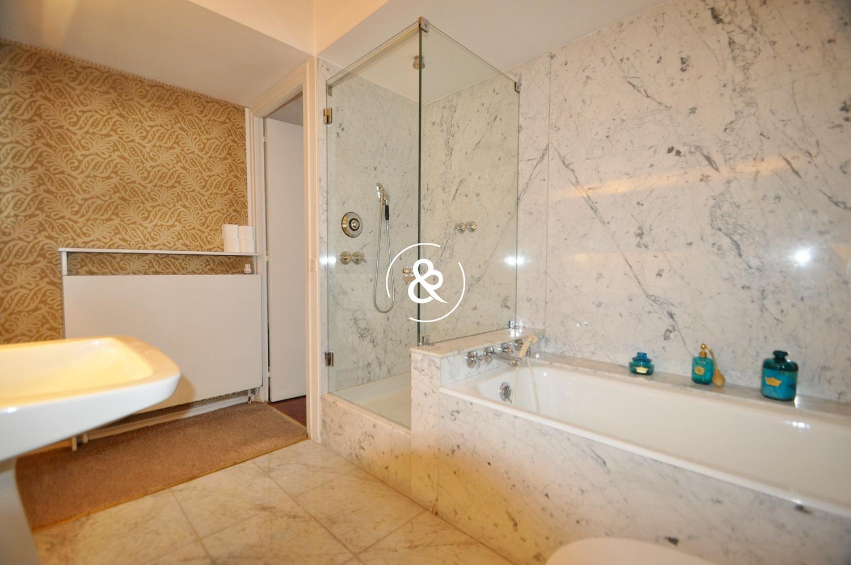 A vendre appartement t5 dernier etage cote et - Salle de bain saint brieuc ...