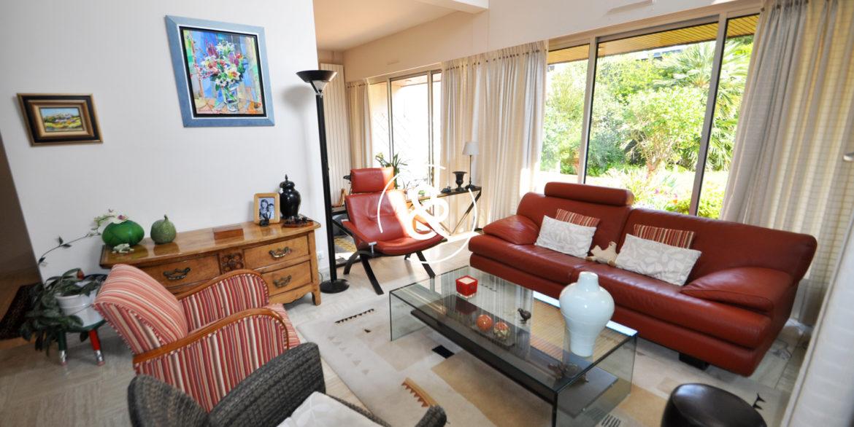 a_vendre_maison_demeure_propriete_Saint-brieuc_saint-michel_architecte_1980_garage_jardin_cote_et_bretagne_immobilier_prestige_02