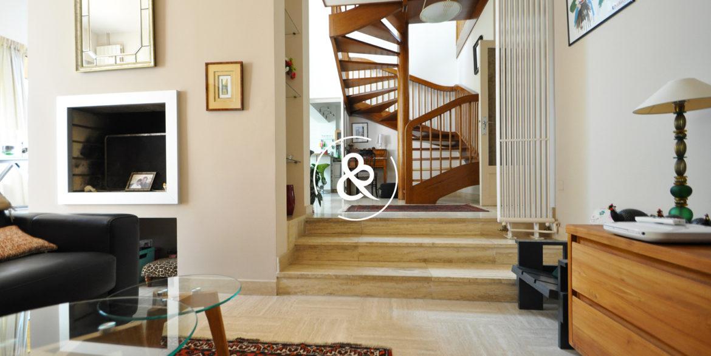 a_vendre_maison_demeure_propriete_Saint-brieuc_saint-michel_architecte_1980_garage_jardin_cote_et_bretagne_immobilier_prestige_03