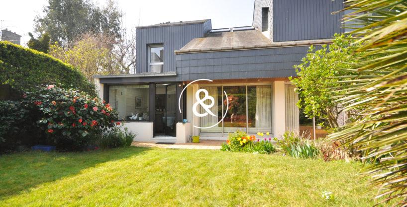a_vendre_maison_demeure_propriete_Saint-brieuc_saint-michel_architecte_1980_garage_jardin_cote_et_bretagne_immobilier_prestige_05
