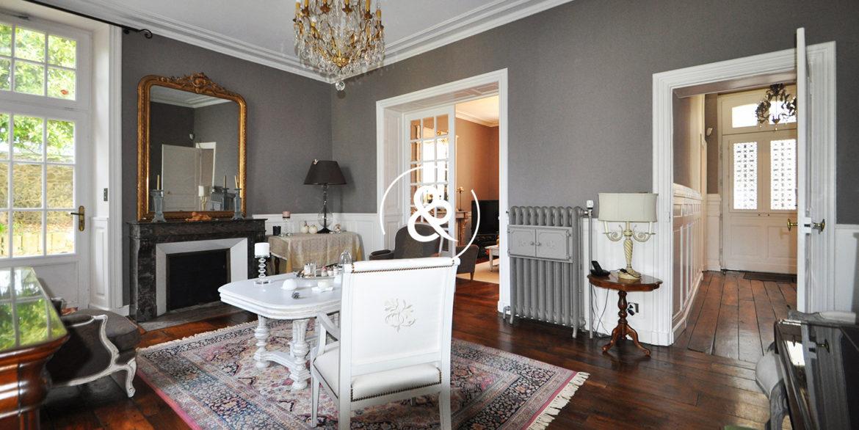 a_vendre_maison_demeure_propriete_bretagne_saint-brieuc_centre_ville_architecte_1860_garage_cheminee_cote_et_bretagne_immobilier_prestige_19