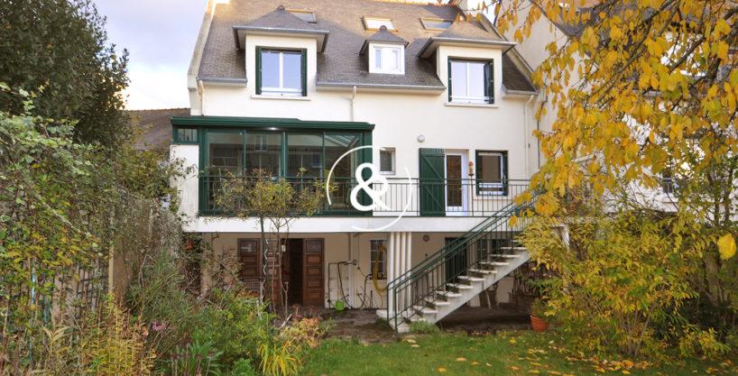 A_vendre_maison_demeure_propriete_saint-brieuc_saint-michel_centre-ville_traditionnelle_pierres_garage_veranda_terrasse_cheminee_cote_et_bretagne_immobilier_luxe_prestige