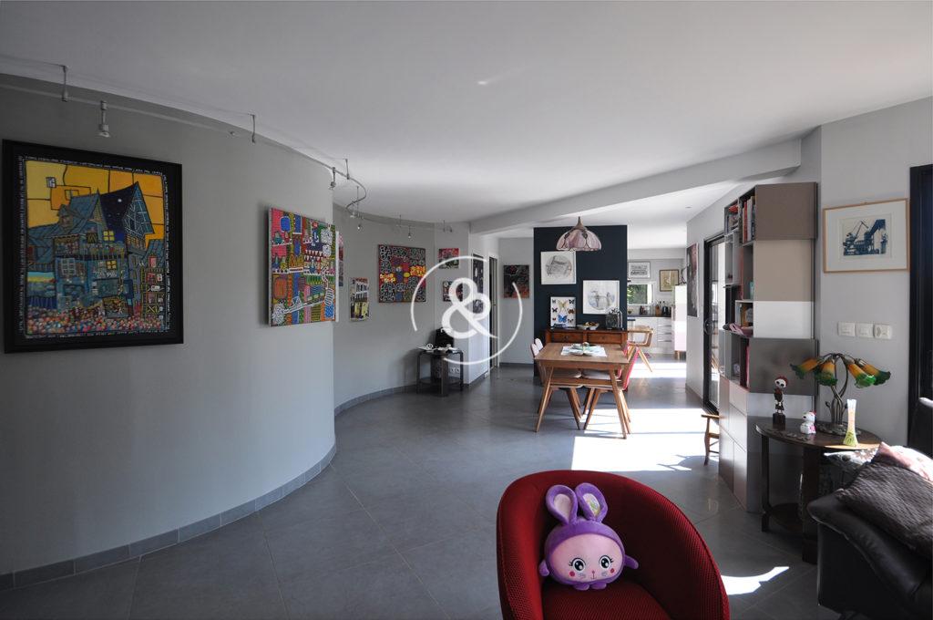 A_vendre_Maison_Demeure_Propriété_Pordic_contemporaine_rénovée_jardin_paysager_clos_terrasse_volume_garagecote_et_bretagne_immobilier_luxe_prestige
