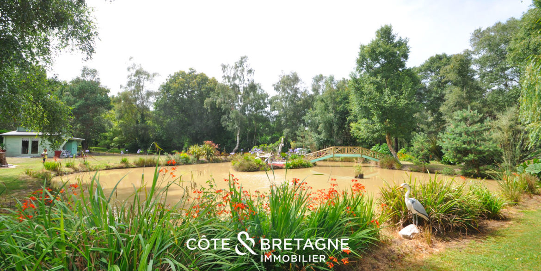acheter-Maison_Demeure_propriete_Erquy_pleneuf_val-andre_terrasse_jardin_etang-cote_et_bretagne_immobilier_luxe_prestige_piscine-01