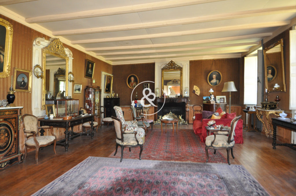 A_vendre_Château_Manoir_Demeure_Propriété_Villa_Morlaix_parc_jardin_plage_dépendances_garages_appentis_cote_et_bretagne_immobilier_luxe_prestige