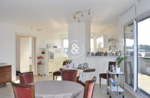 A_vendre_Appartement_Demeure_Propriété_Villa_Saint-Brieuc_centre-ville_terrasse_balcon_cave_parking_garage_vue-dégagée_cote_et_bretagne_immobilier_luxe_prestige