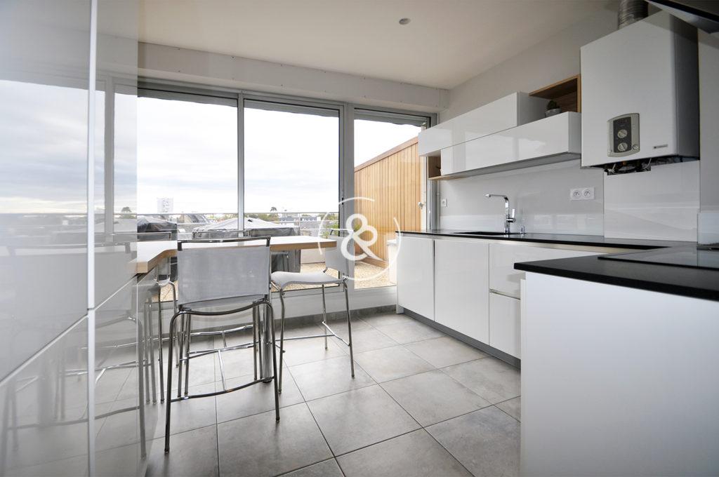 A_vendre_Appartement_Duplex_Saint-Brieuc_Saint-Michel_centre-ville_lumineux_volumes_terrasses_balcons_garage_caves_cote_et_bretagne_immobilier_luxe_prestige_0