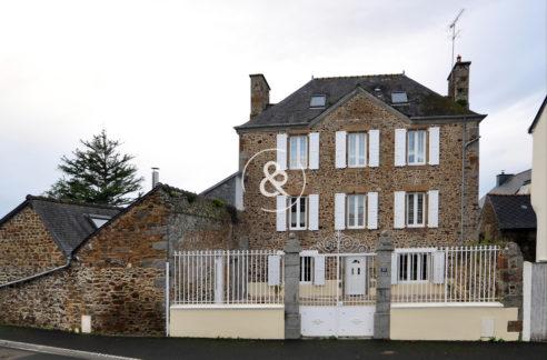 A_vendre_Maison_Demeure_Propriete_Villa_Pordic_Plerin_volumes_terrasse_garage_veranda_jardin_cote_et_bretagne_immobilier_luxe_prestige_atypique
