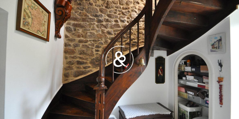 maison-a-vendre-quintin-pierre-luxe-propriete-10