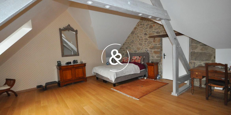 maison-a-vendre-quintin-pierre-luxe-propriete-3